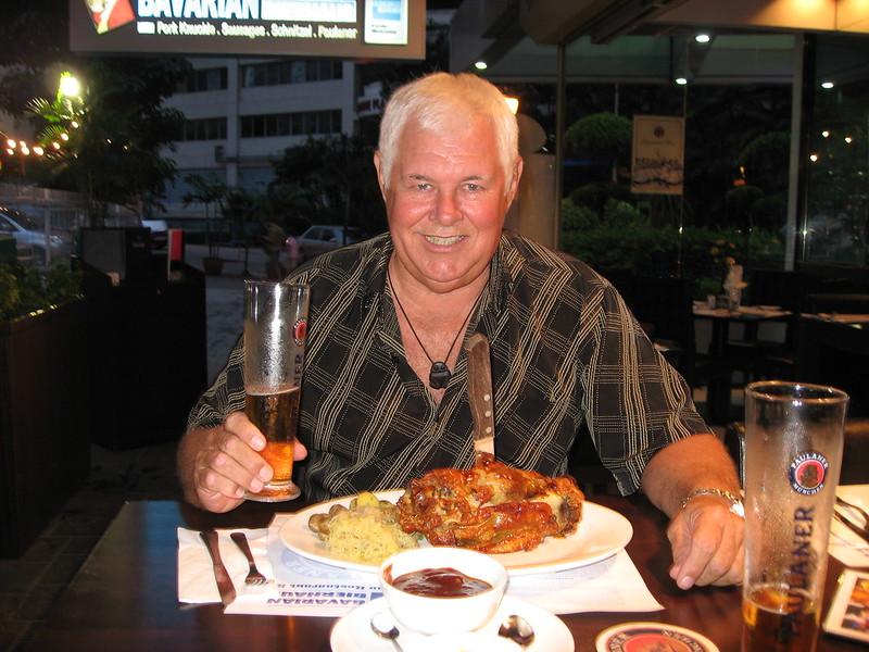 Dining Solo Worldwide Bon Appetit