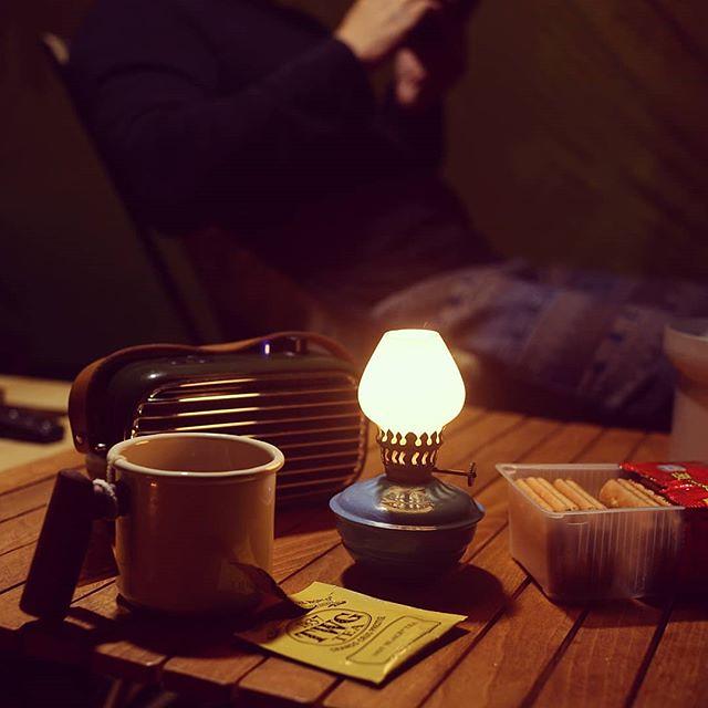 20180309 晚安 #campinglife #ilovecamping #歐北露 #truvii #lofree #vintagelamp #最愛夜衝的兩人時間