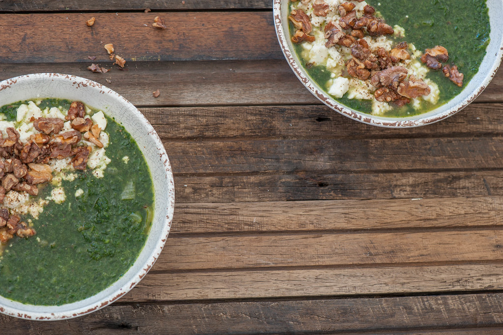 Spinach Soup with Smashed Feta & Walnuts-2