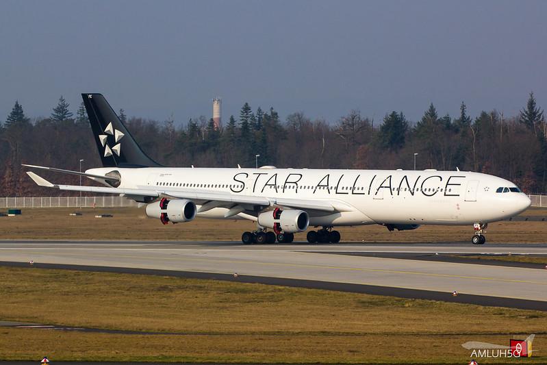 Lufthansa - A343 - D-AIFE (2)