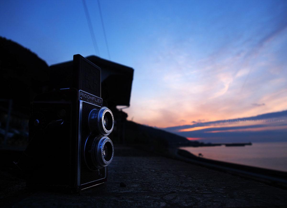 Ricohflex Million in the dusk