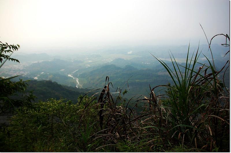 鏡壁山山頂俯瞰白河水庫