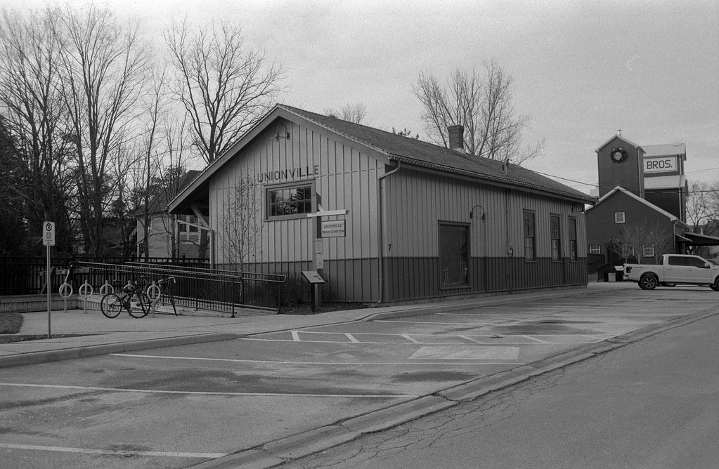 CCR:FRB - Review 10 - Rollei Ortho 25 Plus - Roll 02 (Rodinal)