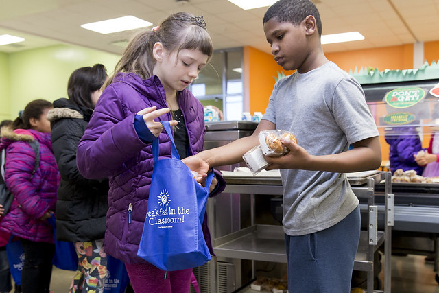 Egg-a-Doodle-Doo Headlines National School Breakfast Week at DMPS