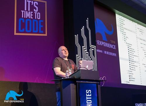 Freek Van der Herten - Spatie - iMasters PHP Experience 2018