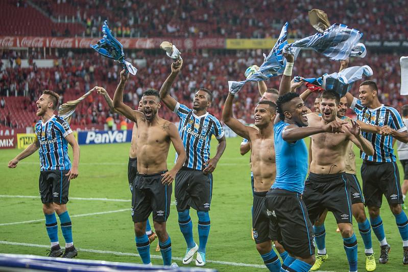 Festa no salão de festas (Foto  Lucas Uebel Grêmio FBPA) 77b727525af29