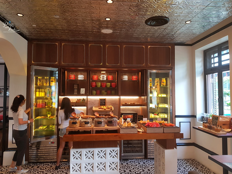 hotel indigo katong breakfast
