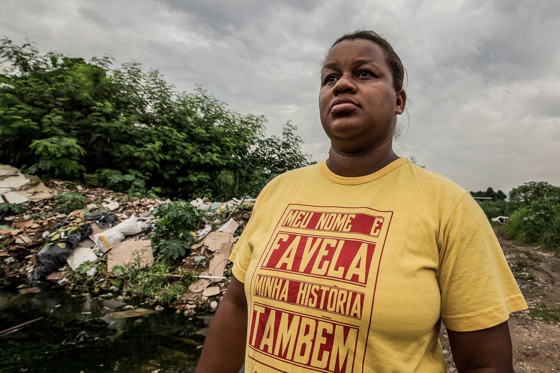 Camila Aparecida: intervenção militar, moradia e a favela como resistência