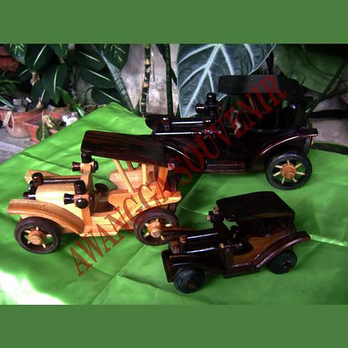 miniatur kayu mobil ontran