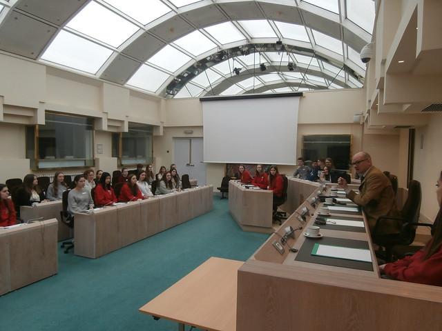 Traditie én vernieuwing: Onze traditionele politieke studiereis naar Brussel (6HW)