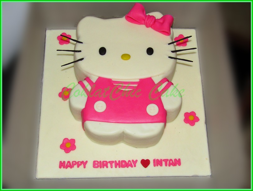 Cake Hello Kitty INTAN 18 cm