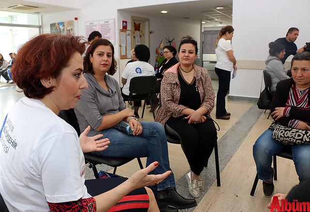 Antalya Büyükşehir Belediyesi 'Yaşayan Kadın Kütüphanesi'