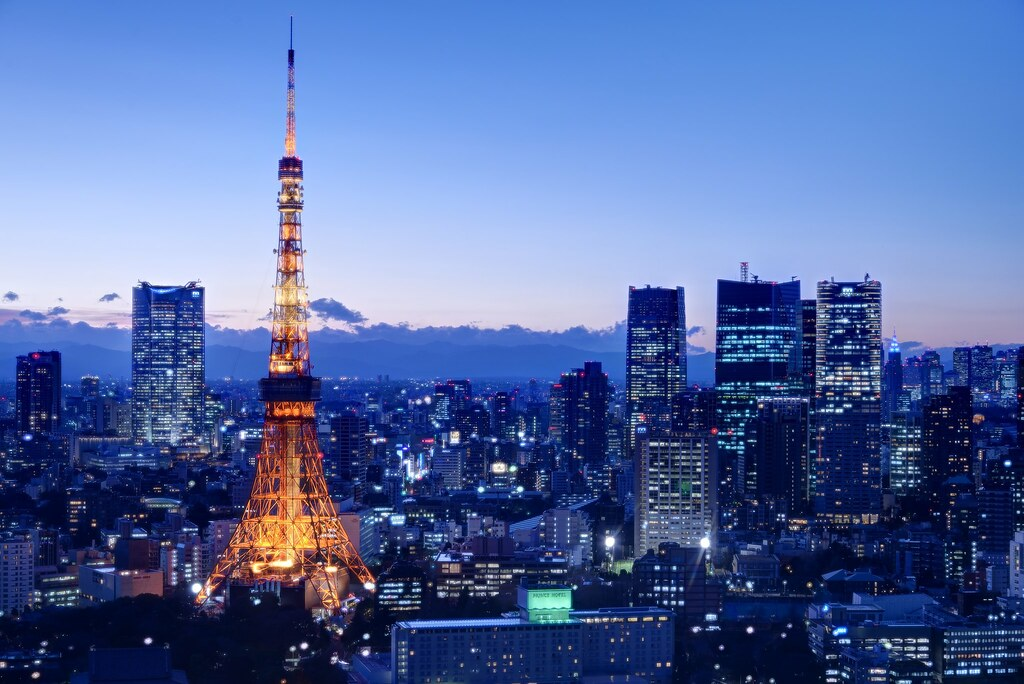 View of Tokyo tower from the World Trade Center bldg