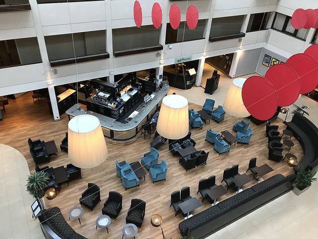 HIlton Hotel London Gatwick,  lobby