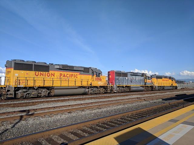 UP 1096, UP 1005, UP 1426 at Santa Clara