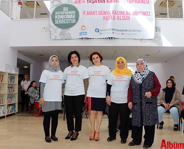 Antalya Büyükşehir Belediyesi 'Yaşayan Kadın Kütüphanesi'-5