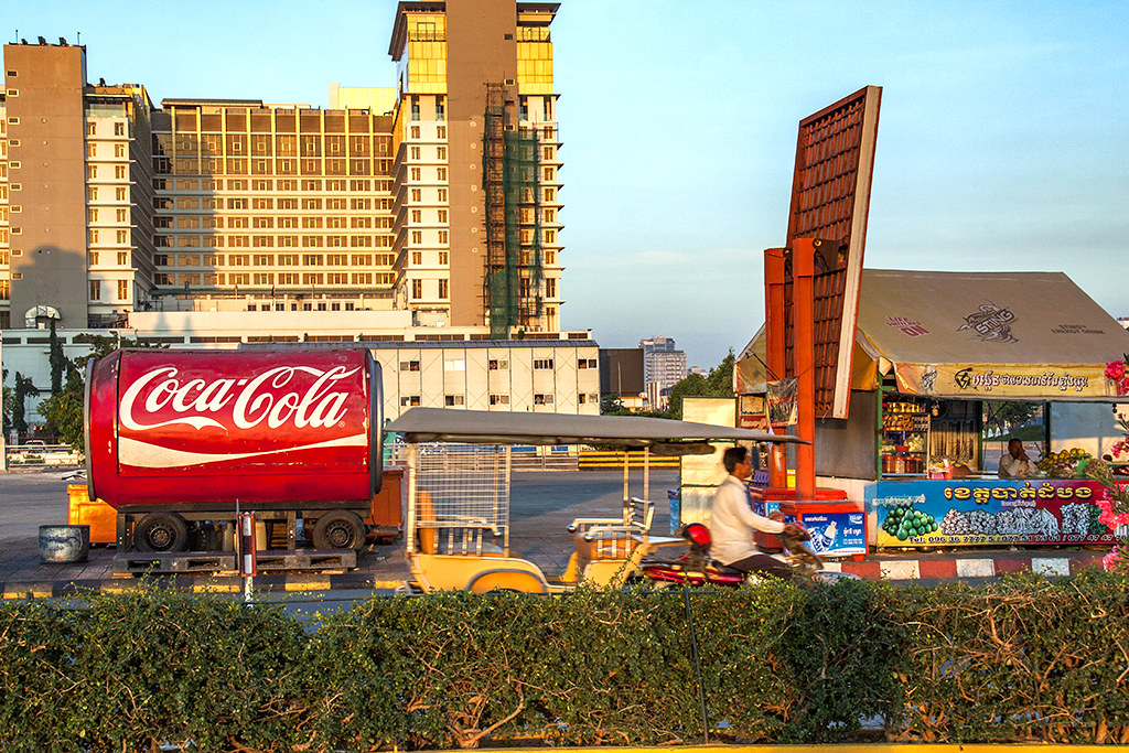Huge Coca Cola can--Phnom Penh