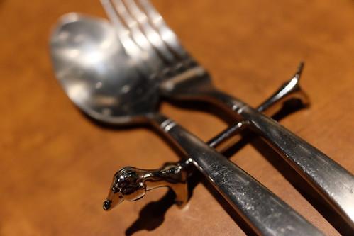 wine kichen comete spoon fork