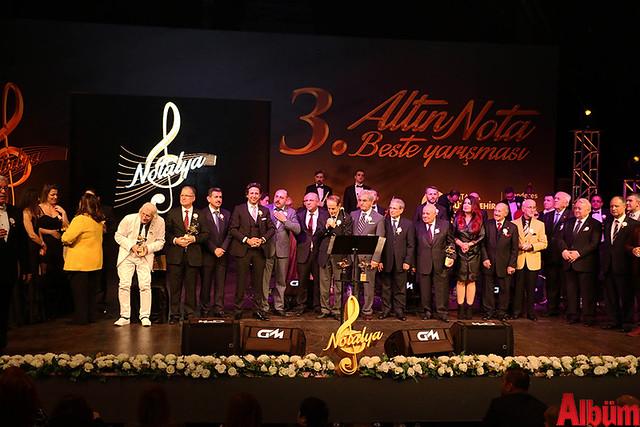 Antalya Büyükşehir Belediyesi Altın Nota final -7