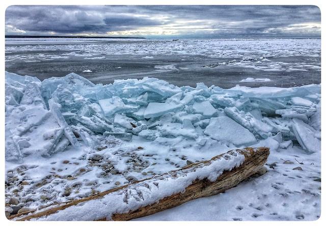 Port Elgin waterfront...with blue, Apple iPad mini 4, iPad mini 4 back camera 3.3mm f/2.4