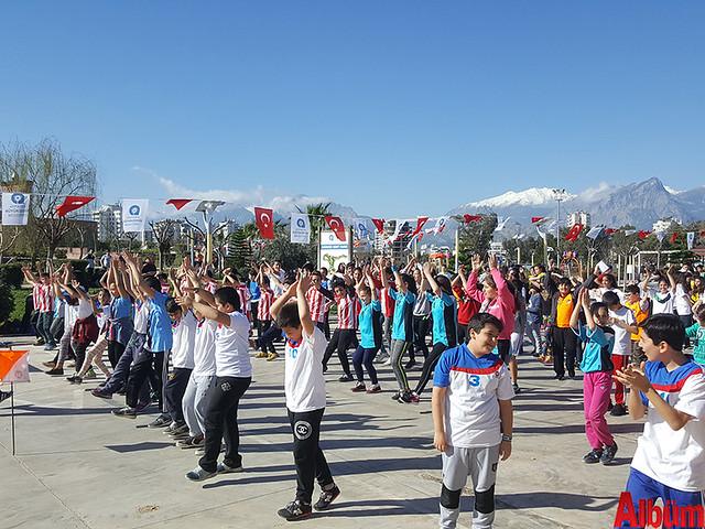 Antalya Büyükşehir Belediyesi okullar arası oryantiring heyecanı -3
