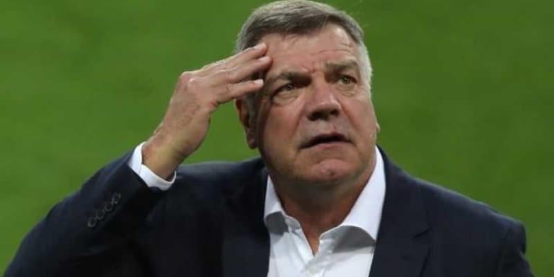 Everton Juga Menang, Sam Allardyce Didesak Mundur