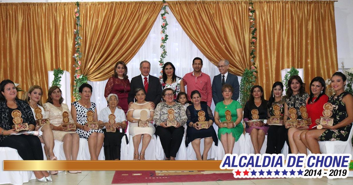 Gala de Confraternidad para mujeres chonenses