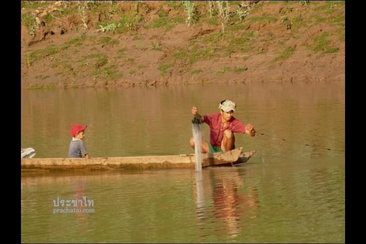 (Backup) Prachatai Eyes View: ลมหายใจแม่น้ำโขง... ชีวิตผูกโยงไว้กับแม่น้ำและลำเรือ - 2011