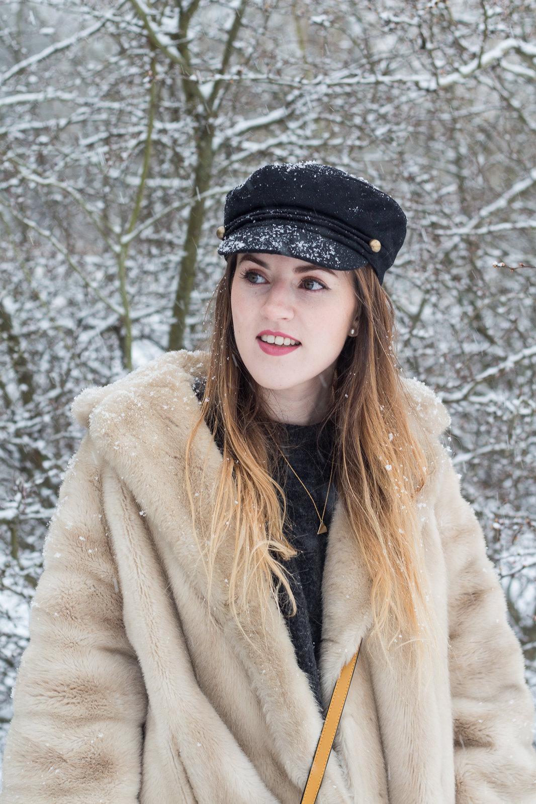 Fur Coat Snow-11