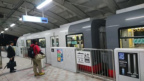 駅のホームドア 201712 那覇モノレール