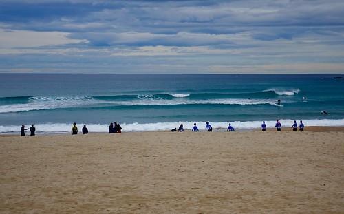 Surfistas en la playa de la Zurriola