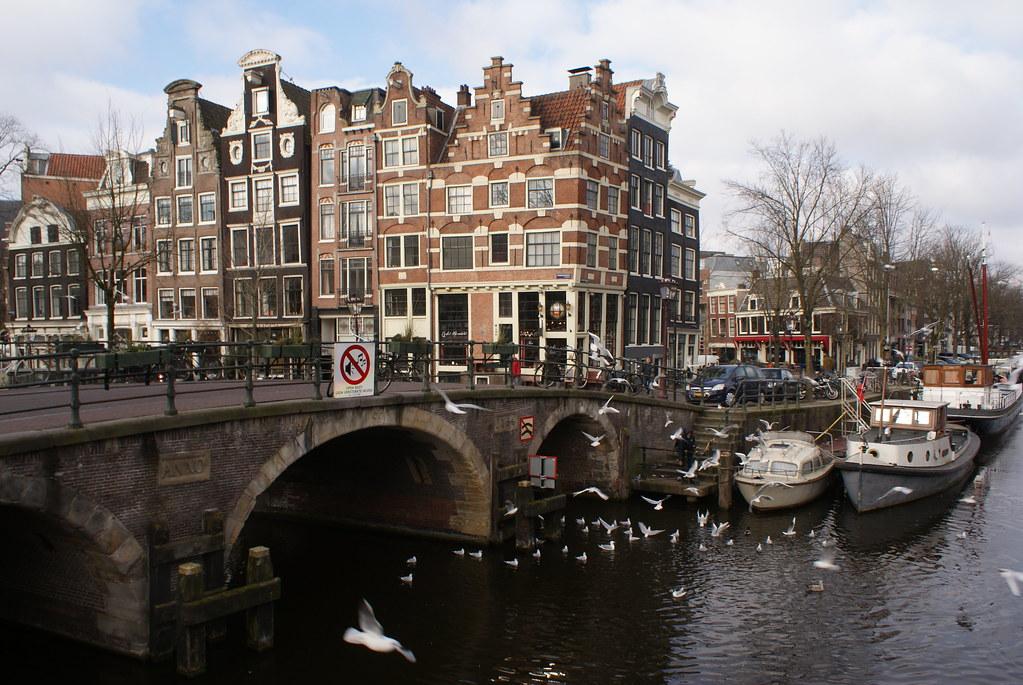 "Het Papeneiland, Café brun ""old school"" à Amsterdam [Jordaan]"