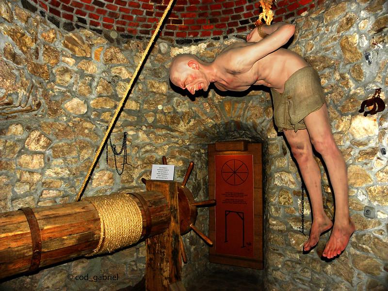 Hunedoara Castle torture chamber