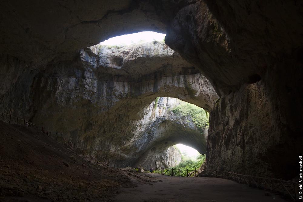 Болгария, Пещера Деветашка