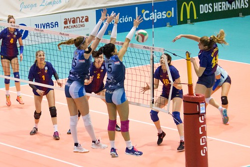 Cajasol Juvasa y Barca Superliga Voley