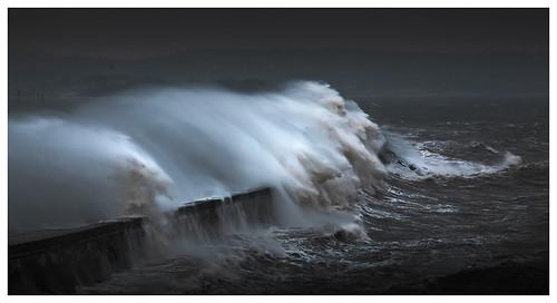 Sea Vs Wall