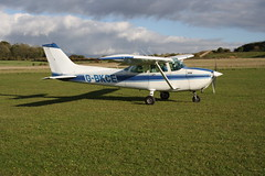 G-BKCE Reims-Cessna F.172P [2135] Popham 081017