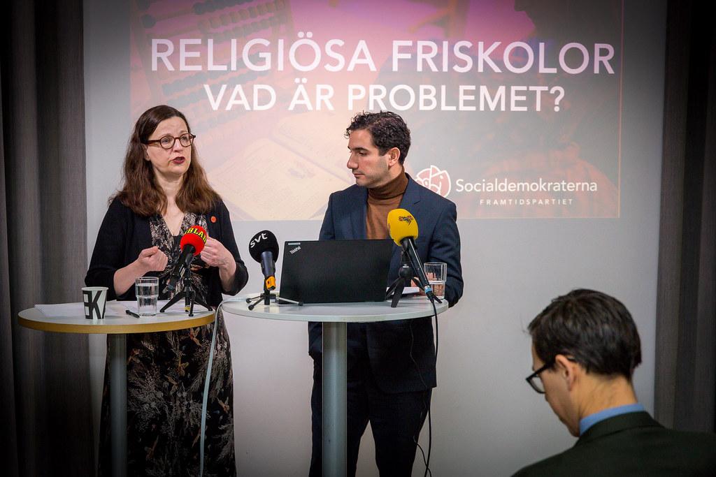 Ardalan Shekarabi och Anna Ekström pressträff religösa friskolor
