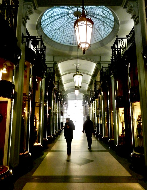 London, Piccadilly arcade