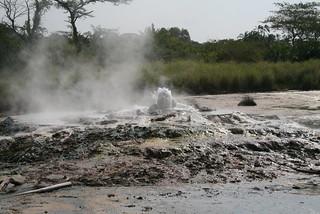 Sempaya - hot springs