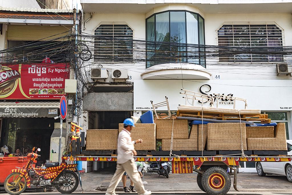 Motorbike truck--Phnom Penh
