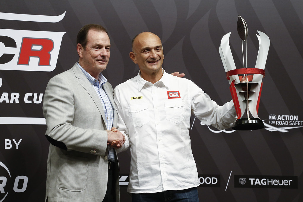 TARQUINI Gabriele, (ita), Hyundai i30 N TCR team BRC Racing, portrait* prize giving ceremony  during the 2018 FIA WTCR World Touring Car cup of Macau, Circuito da Guia, from november  15 to 18 - Photo Francois Flamand / DPPI