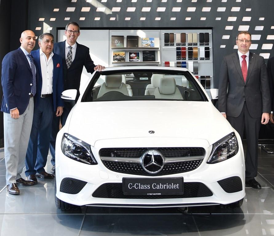 Mercedes Twin Dealership