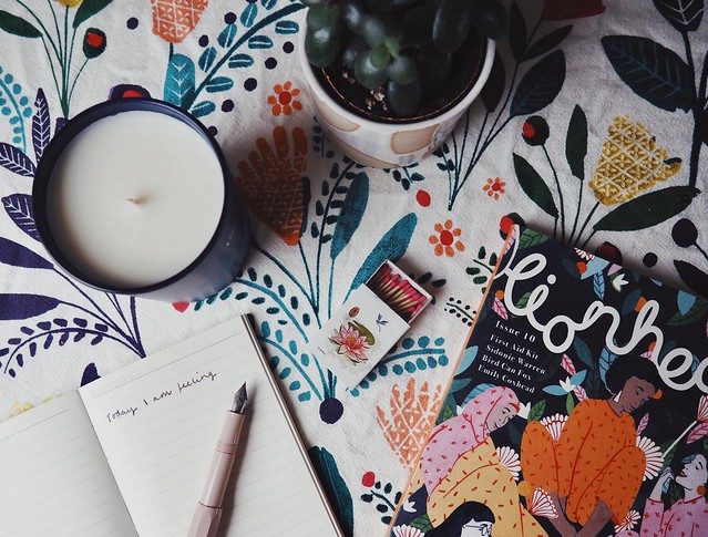 Finding Calm At Christmas - being little blog lyzi unwin cowshed soy candle lionheart magazine deal with christmas stress overwhelm introvert at christmas
