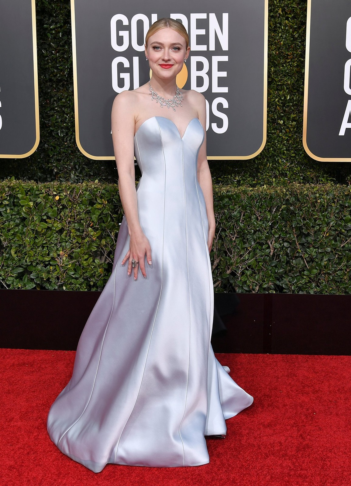 Dakota Fanning Golden Globes