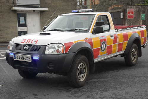 Monaghan Fire Authority 2004 Nissan Pickup MFRS L4V 04MN312