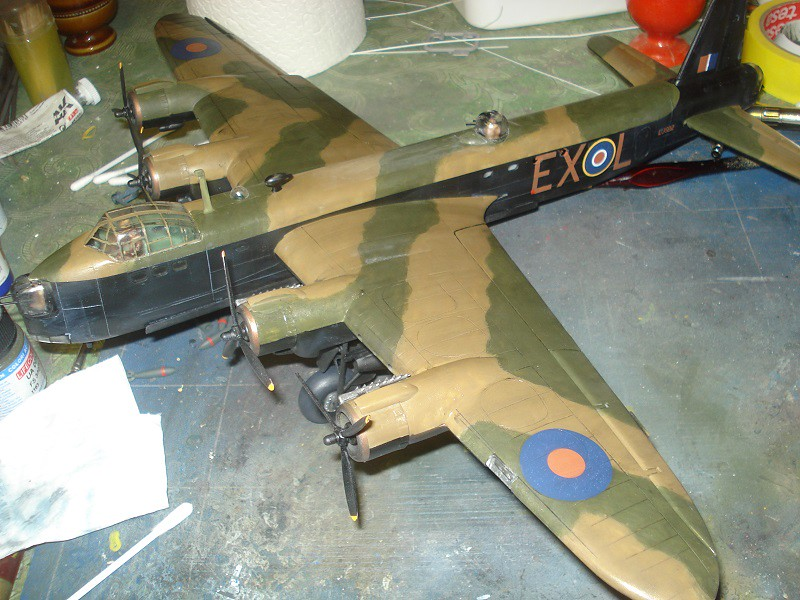 Short Stirling B1/B3 - Airfix 1/72 - Sida 8 44261041880_01d5a350f3_b
