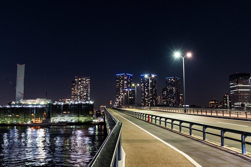夜の豊洲大橋