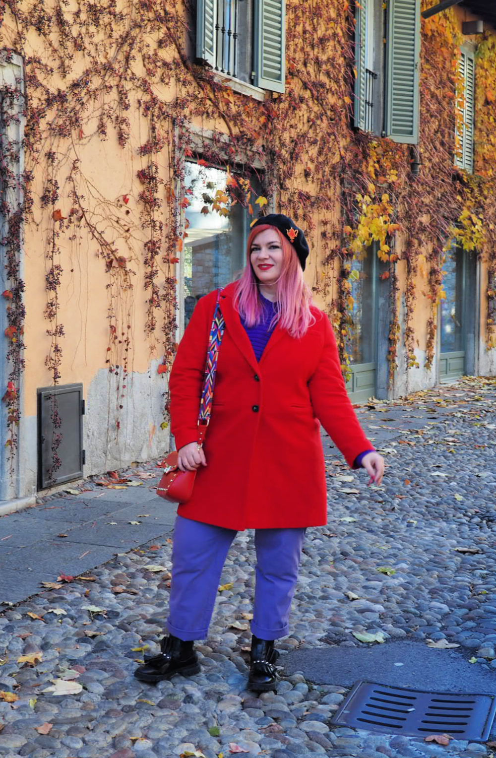 Outfit plus size curvy viola e rosso (7)
