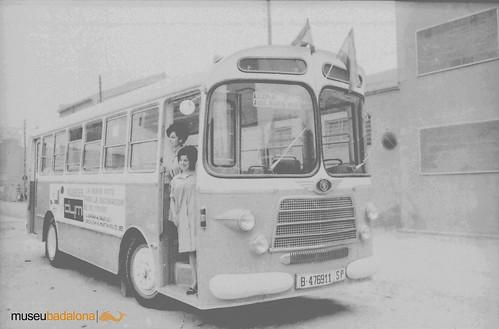 autobús Nazar amb dues cobradores